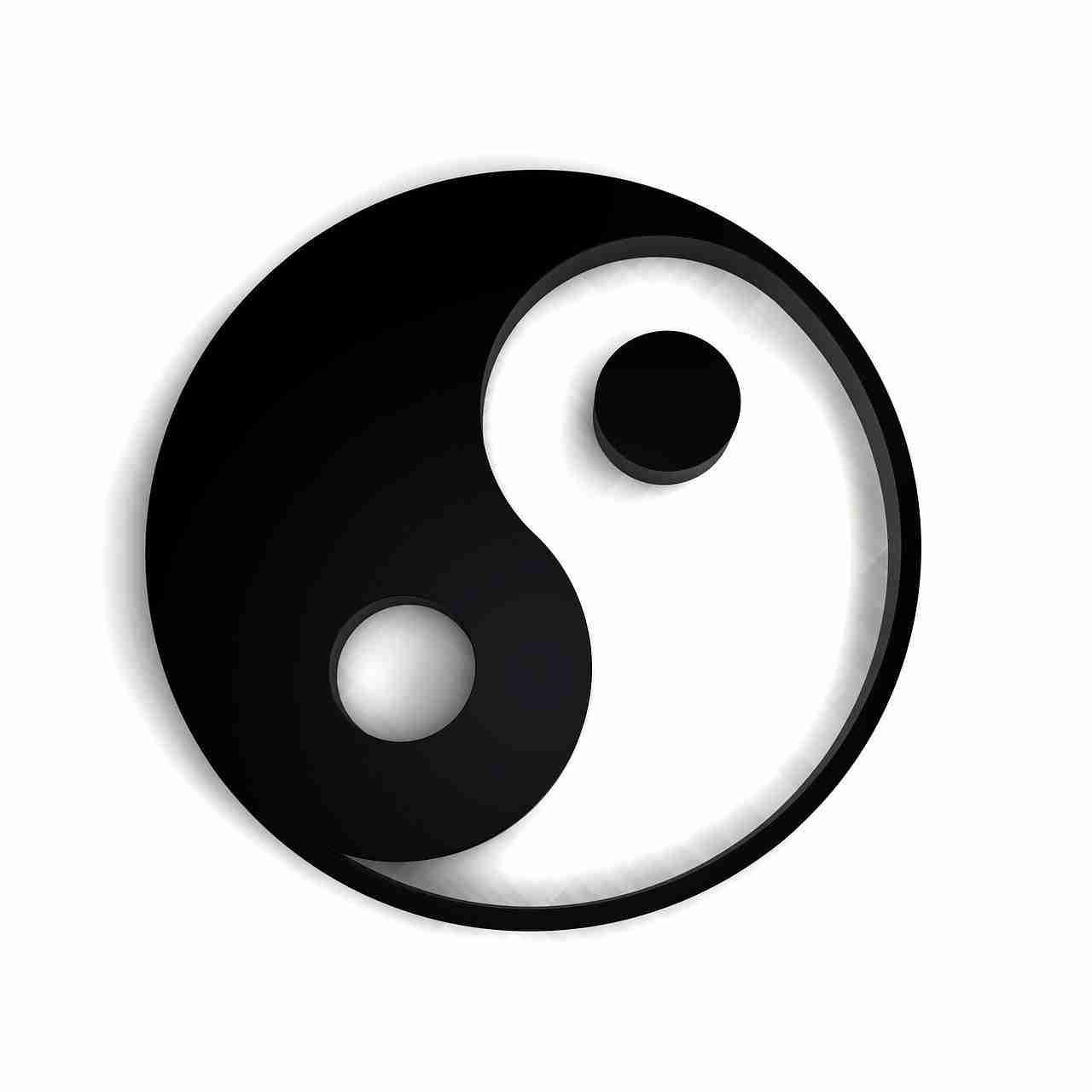 yin yang symbol black and white