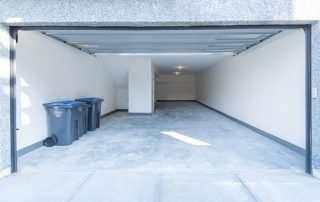 Gyro Beach Townhomes garage image